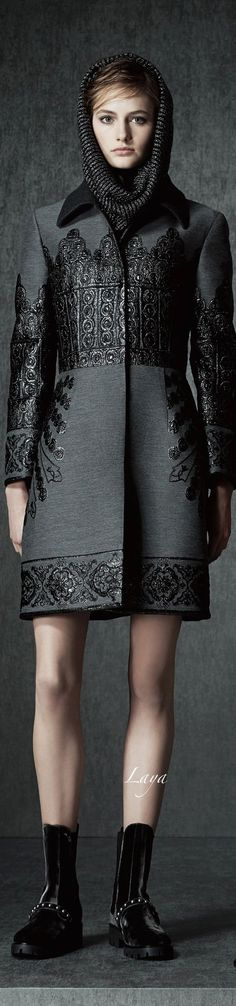 Alberta Ferretti Pre-Fall 2015 by arline - gorgeous jacket! Alberta Ferretti- women's designer specialized in feminine tropes like lace tulle and embroideries. Look Fashion, High Fashion, Fashion Show, Runway Fashion, Womens Fashion, Fashion Design, Fashion Trends, Winter Wear, Autumn Winter Fashion