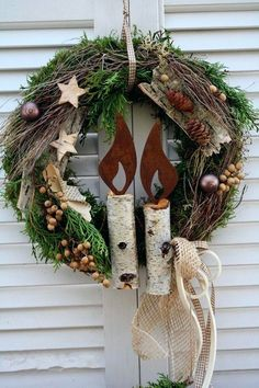 Love this rustic Christmas wreath. Would work for winter decor after the holidays too. Noel Christmas, Rustic Christmas, Winter Christmas, Xmas Wreaths, Door Wreaths, Rustic Wreaths, Christmas Crafts, Christmas Ornaments, Diy Wreath