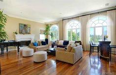 Wayne Brady's living room