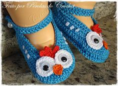 Sapatinho de croche Galinha Pintadinha - Pérolas do Crochet