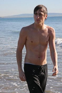 kendall schmidt! your cute and hot  i love you