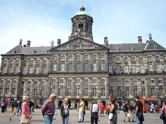 The Royal Palace (Koninklijk Paleis), mid 17th century. Still used for entertaining the important people.