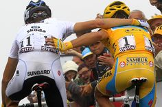 Andy Schleck and Alberto Contador at finish on Tourmalet - Schleck won