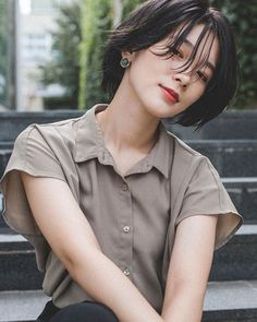 2019 latest perm long hair style, such long hair perm fashion and human – Page. 2019 latest perm l Tomboy Hairstyles, Cute Hairstyles For Short Hair, Permed Hairstyles, Trending Hairstyles, Ulzzang Hairstyle, Long Thin Hair, Very Short Hair, Short Hair Cuts, Permed Short Hair