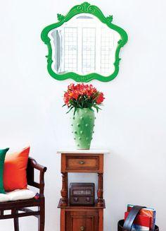 Espelho restaurado com pintura