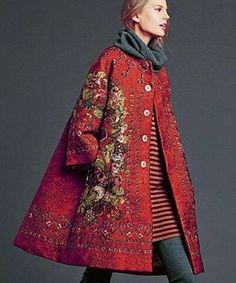 Love those keys! I ❤ D&G! @dolcegabbana #dolcegabbana #jackets #coats #fashion #fashionista #designer #hautecouture #elegant #bling