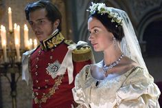 Pin for Later: The Ultimate Movie and TV Weddings Gallery The Young Victoria Queen Victoria (Emily Blunt) and Prince Albert (Rupert Friend) have a gorgeous wedding and, unlike many of their contemporaries, a loving marriage. The Young Victoria, Victoria And Albert, Movie Wedding Dresses, Wedding Movies, Cinema Wedding, Wedding Scene, Reine Victoria, Queen Victoria, Victoria Movie
