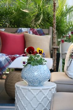 Learn easy and inexpensive ways to clean and decorate your porch this fall. Find out my special cleaning solution for getting rid of mold and algae on white outdoor cushions and pillows. How to protect your outdoor pillows so they are water and stain resistant. #cleancushions #cleanpillows #cleanrailings #cleanwood #cleanporch #cleanpatio #getridofmold #porchdaydreamer