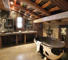 10 ways to get the modern rustic lodge look Rustic Bathroom Designs, Rustic Bathroom Decor, Rustic Bathrooms, Modern Bathroom, Cowboy Bathroom, Bathroom Ideas, Rustic Decor, Attic Bathroom, Luxury Bathrooms