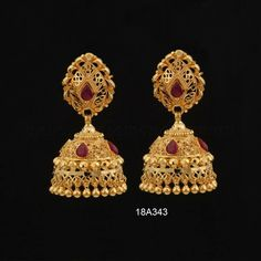 Gold Jhumka Earrings, Jewelry Design Earrings, Gold Earrings Designs, Ear Jewelry, Jewelry Stand, Gold Bangles Design, Gold Jewellery Design, Gold Mangalsutra Designs, Gold Jewelry Simple