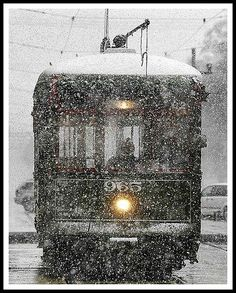 Streetcar in snow - Christmas 2004 once every 20 to 30 years this might happen