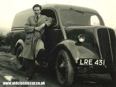 Pre-war Fordson & an Australian vans. Vintage Cars, Antique Cars, Old Lorries, Panel Truck, Commercial Vehicle, Vespa, Old Cars, Buses, Tractors