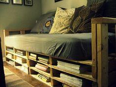 Sofa aus Paletten integrieren - DIY Möbel sind praktisch und originell