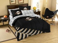 I wonder if my babe would let me get this bedding for us??? San Francisco Giants MLB Bed in Bag #MLB #Giants #bedding