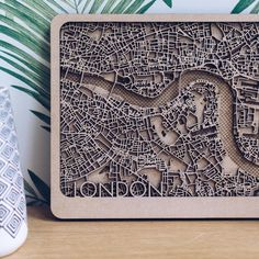 London City layers wood - Trendings Pin Home Laser Cutter Projects, Cnc Projects, Plywood Design, Book City, Wooden Map, City Map Poster, Cnc Woodworking, Map Design, Laser Cutting