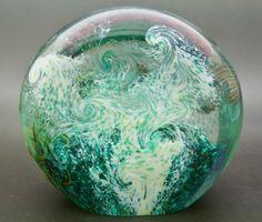 """ORIENT AND FLUME ALEXANDER Fish Aquarium Glass LT Ed Paperweight,Apr 4.5""""Hx4.7""""W"""