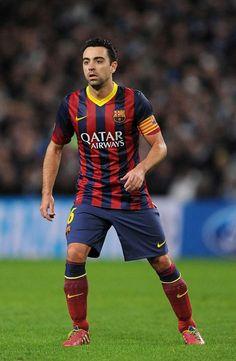 Messi Soccer, Football Soccer, Football Players, Xavi Hernandez, Fc Barcelona, Superstar, Rolex, Football Pictures, Barcelona Soccer
