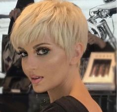 Short Pixie Haircuts for Pretty Look. Pixie hairstyles are the most popular options women try.Pixie hair is suitable for both young and old ladies. Edgy Haircuts, Short Pixie Haircuts, Pixie Hairstyles, Short Hairstyles For Women, Short Hair Cuts, Cool Hairstyles, Short Hair Styles, Haircut Short, Haircut For Older Women