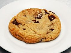 chocolate-chip-cookie by weight  Modified Half recipe:  120 g butter,  100 g sugar,  200 g brown sugar,  297 g flour (280 for thin/chewy),  1 tsp vanilla, 1/2 tbsp bkg soda,  1 tsp salt,  1 egg, 1 yolk,  6 oz choc chips,  375 for 12 min