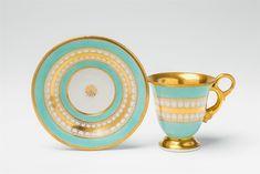 Königliche Porzellanmanufaktur Berlin KPM, Ca. 1815 - 1820.A Berlin KPM porcelain Biedermeier cup with a dolphin-form handle, Auction 1105 Prussia, Lot 159 #kpm #porzellan #porcelain #preußen #prussia