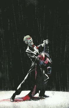 """Creepy Batman cover featuring the Joker by Greg Capullo. The """"Death of the Family"""" story was one of the few highlights of this disastrous reboot."""