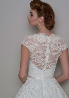 Lou Lou is a British designed award winning label. A vintage inspired collection of beautiful wedding dresses.