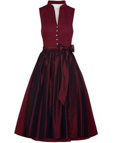 Dark red high-necked Dirndl by Lodenfrey with a slightly shiny scarf … - Diy Dresses Hipster Fashion Style, Folk Fashion, Modest Fashion, Fashion Dresses, Womens Fashion, Lady Like, Diy Dress, Dress Up, Dirndl Outfit