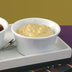 Curry Mayo Dipping Sauce Recipe: Ingredients 1 cup mayonnaise 3 tablespoons milk 5 teaspoons curry powder teaspoon hot pepper sauce combine and refrigerate for 1 hr Fondue Recipes, Sauce Recipes, Party Recipes, Hot Pepper Sauce, Hot Sauce, Vegetarian Curry, Curry Powder, Indian Food Recipes, Food To Make