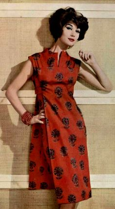 1958 Carven 50s 60s red dress asian tunic floral print model magazine color photo tiki