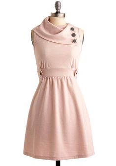 Coach Tour Dress in Rose