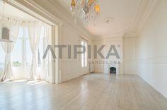 REF: 11118 #Livingroom #Livingroomideas #AtipikaBarcelona #Barcelona #White #Fireplace #Beautiful