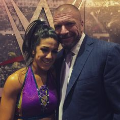 Bayley and Triple H Pamela Rose Martinez, Wwe Women's Division, Wwe Female Wrestlers, Wwe Tna, Triple H, Wwe Womens, Total Divas, King Of Kings, Wwe Divas