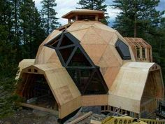 Jul 2014 - dome homes Tiny House Cabin, Tiny House Design, Casa Octagonal, Green Building, Building A House, Natural Building, Eco Construction, Dome Structure, Williams Lake