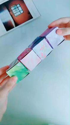 Cool Paper Crafts, Paper Crafts Origami, Fun Diy Crafts, Diy Crafts Videos, Diy Paper, Homemade Fidget Toys, Diy Fidget Toys, Instruções Origami, Origami Videos