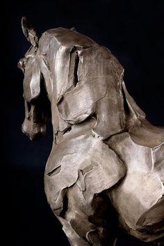 Hitesh Durgani — by Catherine Thiry Sculptures Céramiques, Pottery Sculpture, Horse Sculpture, Modern Sculpture, Bronze Sculpture, Wow Art, Paperclay, Art Moderne, Equine Art
