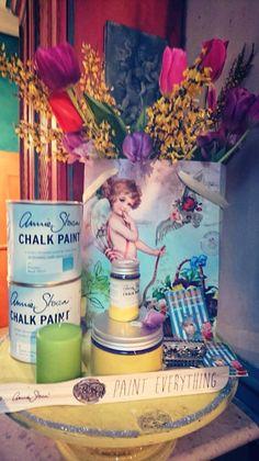 #anniesloan #anniesloanchalkpaint #chalkpaint #timimoo #workshop #workshops #lebensfreude #painting #diy #painteverything #mooslechners #mooslechnersbürgerhaus #bürgerhaus Annie Sloan, Boutique, Bed And Breakfast, Chalk Paint, Event Design, Workshop, Roses Garden, Joie De Vivre, Breakfast In Bed