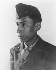 25 July 1953 - 62 years ago today, Ambrosio Guillen was responsible for his infantry platoon's turning an overwhelming enemy attack into a defeat and disorderly retreat. He would be posthumously awarded the MOH for his actions that day. Medal Of Honor Winners, Medal Of Honor Recipients, 7 Marine, Marine Corps, American Veterans, American Soldiers, Famous Marines, Staff Sergeant, Fallen Heroes