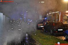 Berufs- #Feuerwehr #Wien: PKW-Brand in einer Tiefgarage - Wohnhäuser evakuiert #firemen #firefighter #straz #bomberos #pkw #car #cars #auto #kfz #fire #feuer #brand #flames #flammen #rauch #smoke #garage #vienna #austria