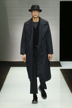Look from the Giorgio Armani Men's Fall Winter 2016 / 2017 fashion show