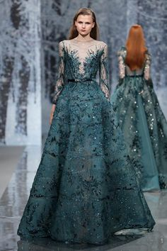 Ziad Nakad Fall 2017 Couture Fashion Show - The Impression Haute Couture Gowns, Style Couture, Couture Dresses, Couture Fashion, Runway Fashion, Fashion Show, Fashion Looks, Live Fashion, Fashion News