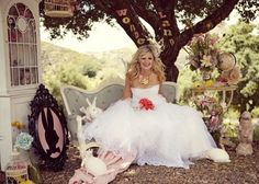 Inspiration: Alice in WonderlandEver After Blog | Disney Fairy Tale Weddings and Honeymoon
