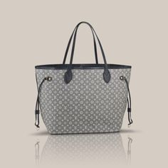 Get one of the hottest styles of the season! The Louis Vuitton New Neverful Monogram Sepia Idylle Canvas/Leather Tote is a top 10 member favorite on Tradesy. Louis Vuitton Neverfull Mm, Buy Louis Vuitton, Louis Vuitton Handbags, Vuitton Bag, Trendy Handbags, Best Handbags, Fashion Handbags, Women's Handbags, Sacs Louis Vuiton