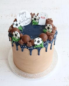 Buttercream drip cakes are a great choice for any celebration. Choose from a chocolate or floral design or pick a theme you like for a personal touch. Chocolate Drip Cake Birthday, Chocolate Birthday Cake Decoration, Birthday Cake Decorating, Boys 18th Birthday Cake, Football Birthday Cake, Bolo Drip Cake, Drip Cakes, Football Cakes For Boys, Soccer Cakes
