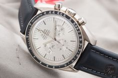 white dial Speedmaster Professional Apollo XI white gold