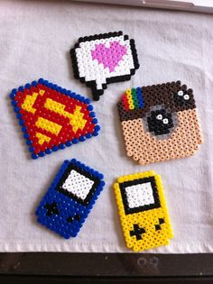 Poco familiar: {} Hama Beads BIS