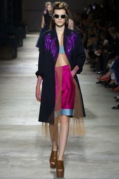 tulle layer under coat // Dries Van Noten Spring 2016 Ready-to-Wear Fashion Show - Irina Djuranovic