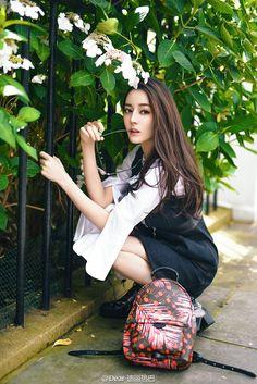 di li re ba bian shen hua jian jing ling jian zhi yao mei ku liao --知心网 Asian Celebrities, Celebs, Beautiful Asian Girls, Beautiful People, Jing Ling, Asia Girl, Chinese Actress, Pretty And Cute, Ulzzang Girl
