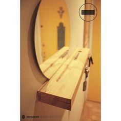 Llavero / Piña  #keys #llaves #mirror #espejo #acceso #entrance #home #deco #homedeco #woodwork #wood #handmade #hechoamano #diseñochileno #detail #mapuche #madera #home #cozy #piña #muebles #furniture #chile #santiago de taller.pina