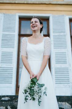 Philippine en robe de mariée Kaa Couture #robedemariee #weddingdress #mariee #wedding #mariage #robedemarieeboheme #robedemarieeromantique #robedemarieechic #robedemarieedentelle #robedemarieedosnu #robedemarieesurmesure Couture, White Dress, Dresses, Fashion, Custom Wedding Dress, Classy Wedding Dress, Vestidos, Moda, Fashion Styles