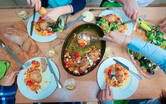 Eating round a table with family is vitally important for children's development of sharing and taking turns, and a healthy relationship with food. Healthy Foods To Eat, Healthy Eating, Healthy Recipes, Healthy Relationships, Fresh Rolls, Healthy Weight Loss, A Table, Lose Weight, Tasty